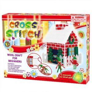 Набор для творчества Вяжем игрушку Рождественский Домик 208