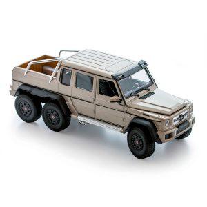 Игрушка модель машины 1:24 Mercedes-Benz G63 AMG 6x6 24061