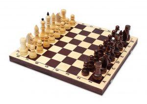 Настольная игра Шахматы турнирные парафинированные в комплекте с темной доской Е-9